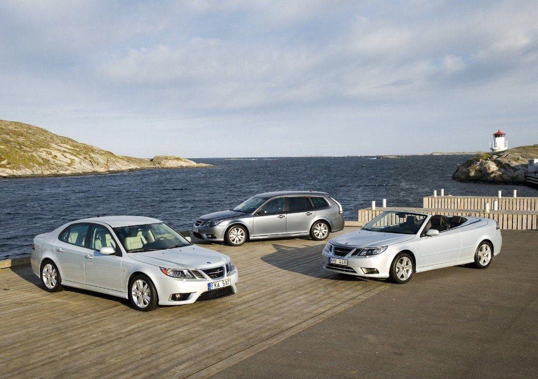 Saab 9-3不只有Sedan,還有Combi、 Convertible車型。...