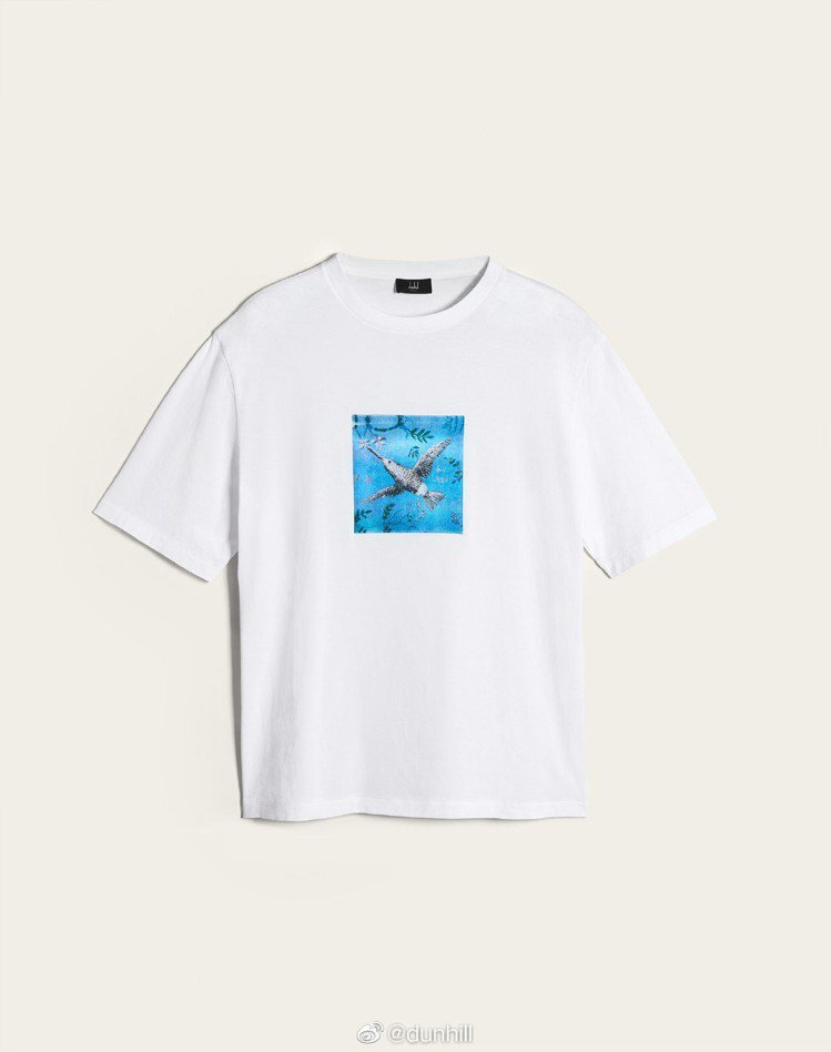 dunhill Aquarium系列白色藍鳥刺繡T恤,約7,300元。圖/摘自微...