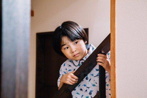 改編日本同名暢銷繪本,「阿嬤,不要忘記我」相當難得以「兒童視角」學習如何面對大人關於失智症為觀點,是繼「有你真好」後,今年最適合小手拉大手一同觀賞的成長系電影。本片於去年十二月於米蘭國際電影節首映,...