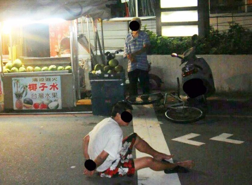 去年1月迄今,台南市老人遭親人家暴59件,啃老族涉家暴13件,醫師認為,啃老族形...
