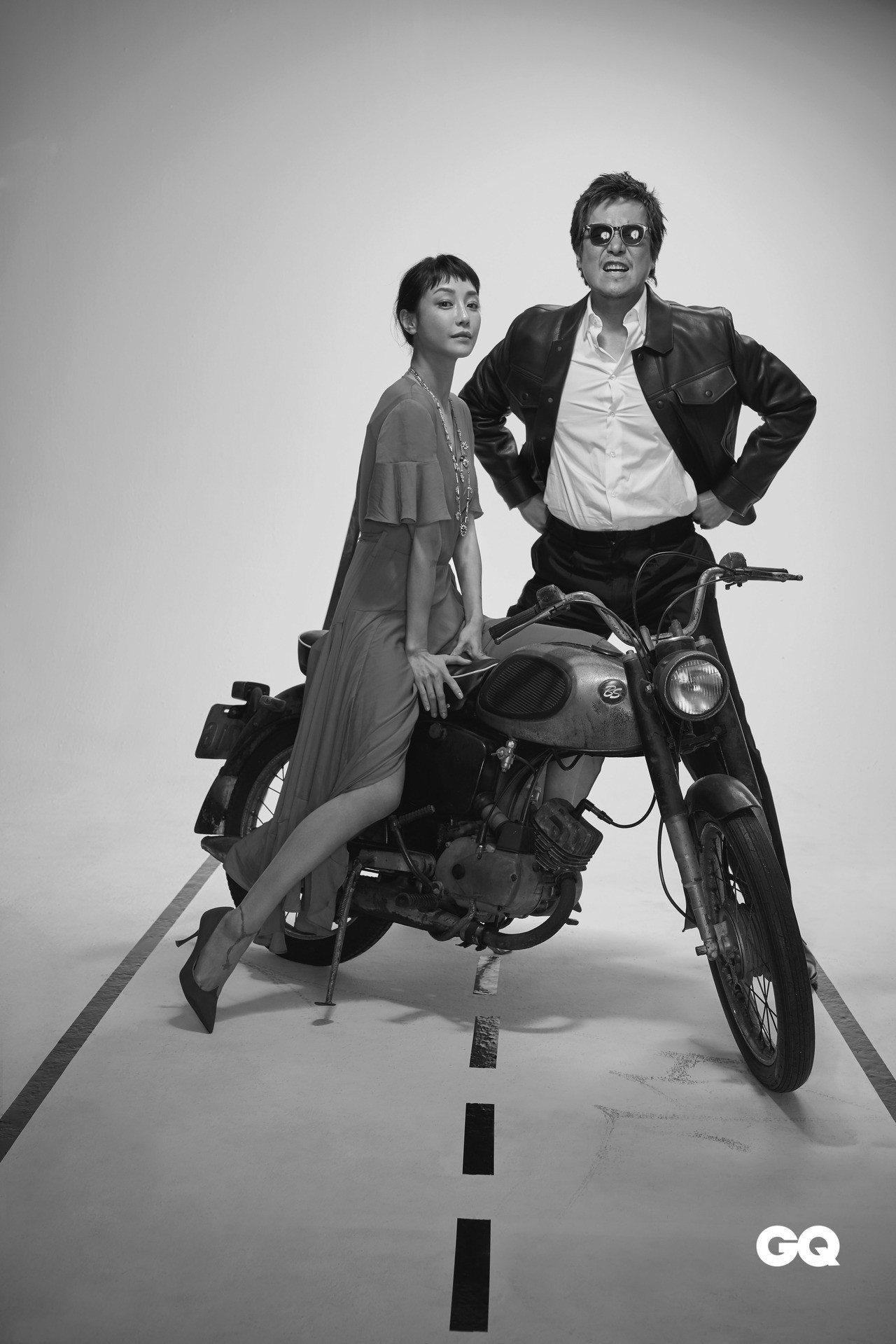 豐川悅司著Louis Vuitton黑色皮夾克。 Hvrminn白色襯衫。Ver...