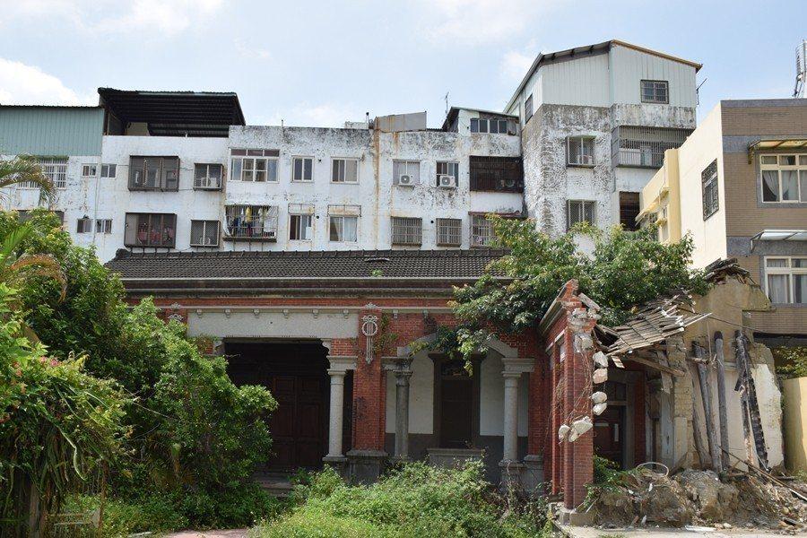 2018年5月,神岡林宅部份左護龍遭拆除。 圖/陳建融提供