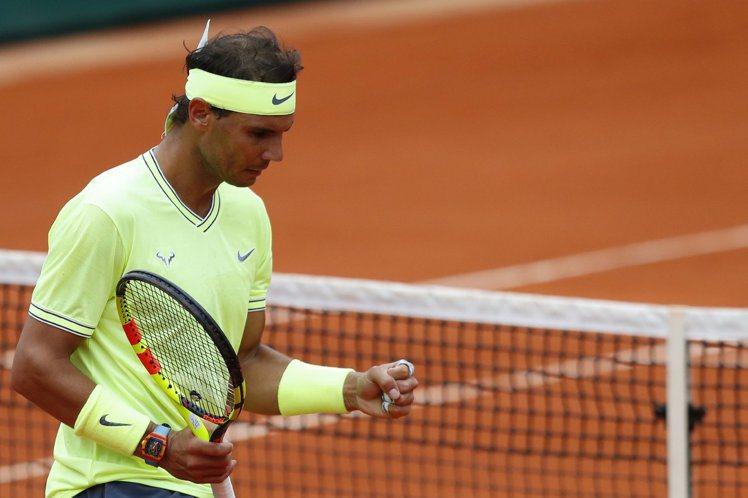 在今年的法國網球公賽,納達爾右手上的RM 27-03 Rafael Nadal陀...