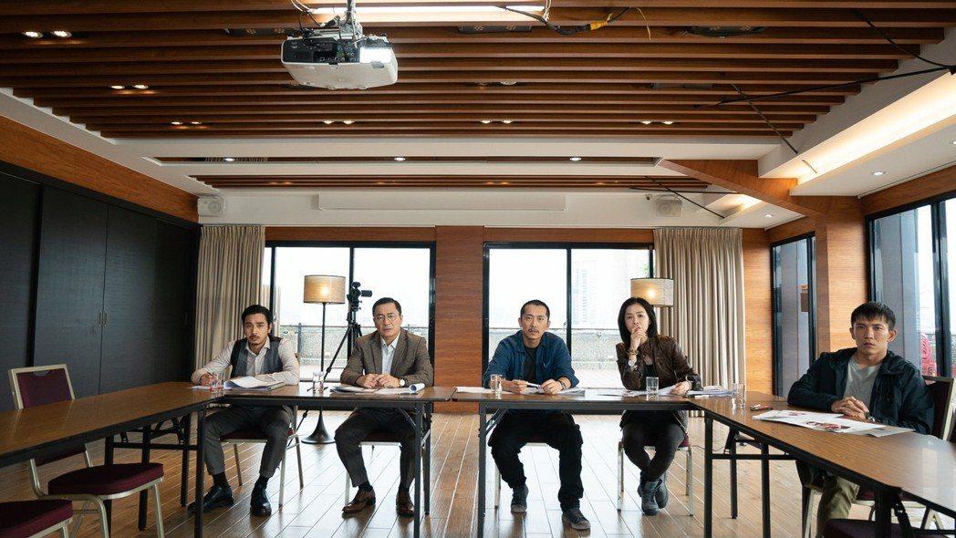 謝盈萱在片中飾演「選角指導」。圖/岸上影像有限公司提供