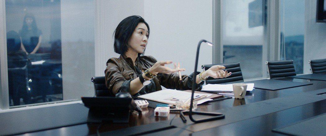 謝盈萱在片中飾演「選角指導」。圖/岸上影像有限公司提供( ※ 提醒您:抽菸,有礙...