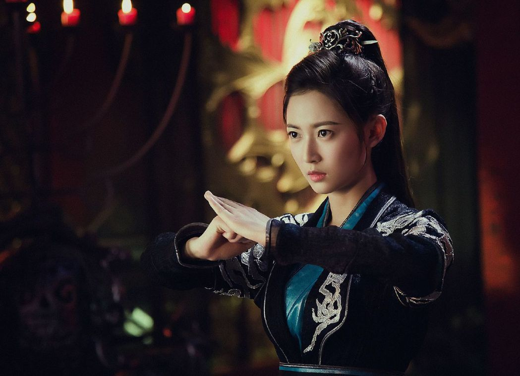 陳鈺琪在「香蜜沉沉燼如霜」中性格俠氣仗義、率性可愛。圖/中天提供