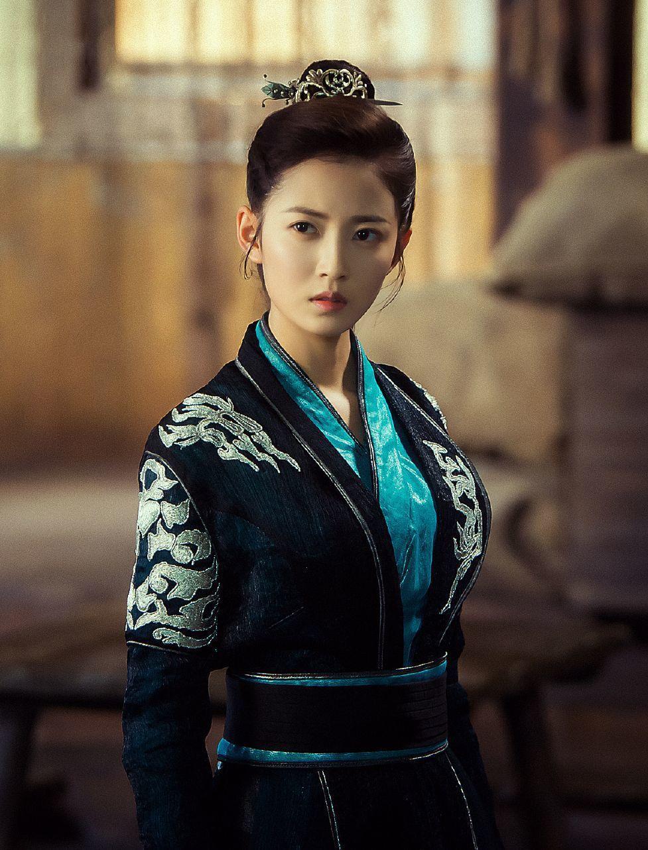陳鈺琪在「香蜜沉沉燼如霜」中飾演魔界公主鎏英。圖/中天提供