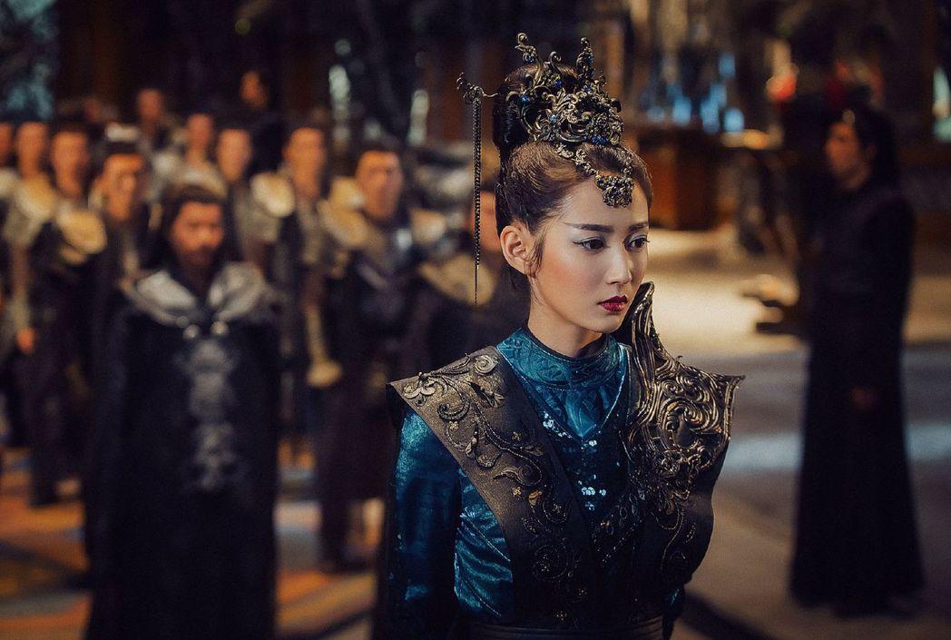 陳鈺琪在「香蜜沉沉燼如霜」中為魔界第一女將軍,武打戲分吃重。圖/中天提供