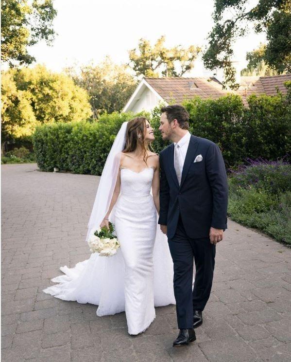 「星爵」克里斯普瑞特秀出與凱薩琳史瓦辛格的浪漫結婚照。圖/摘自IG