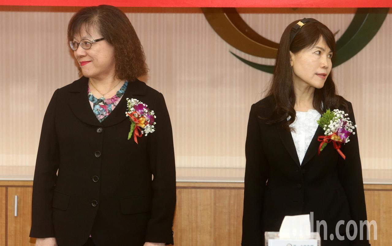 第一銀行總經理蔡麗雪(右)請辭獲准,將由前總經理鄭美玲(左)回鍋接任。本報資料照...