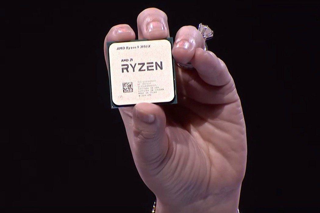 超微總裁蘇姿丰於美國E3展展前活動中,大Show全球首款16核心桌上處理器Ryz...