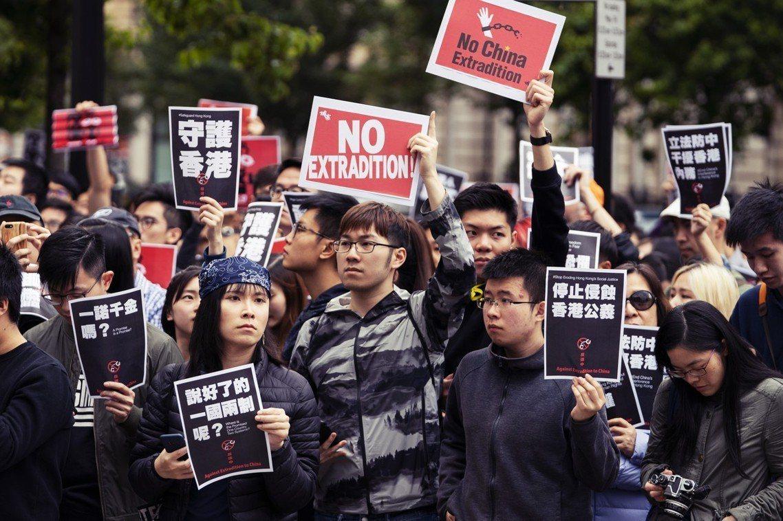 「政府就是在測試香港人:能為香港付出多少?犧牲多少?」周一香港「民間人權陣線」(...