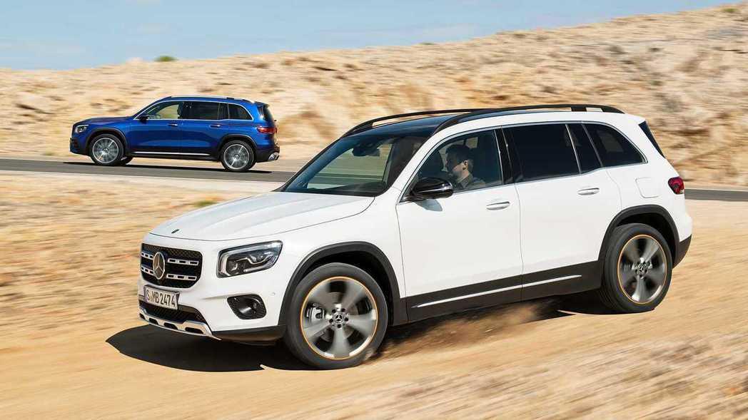 全新Mercedes-Benz GLB最快將於年底前進行販售。 摘自Merced...