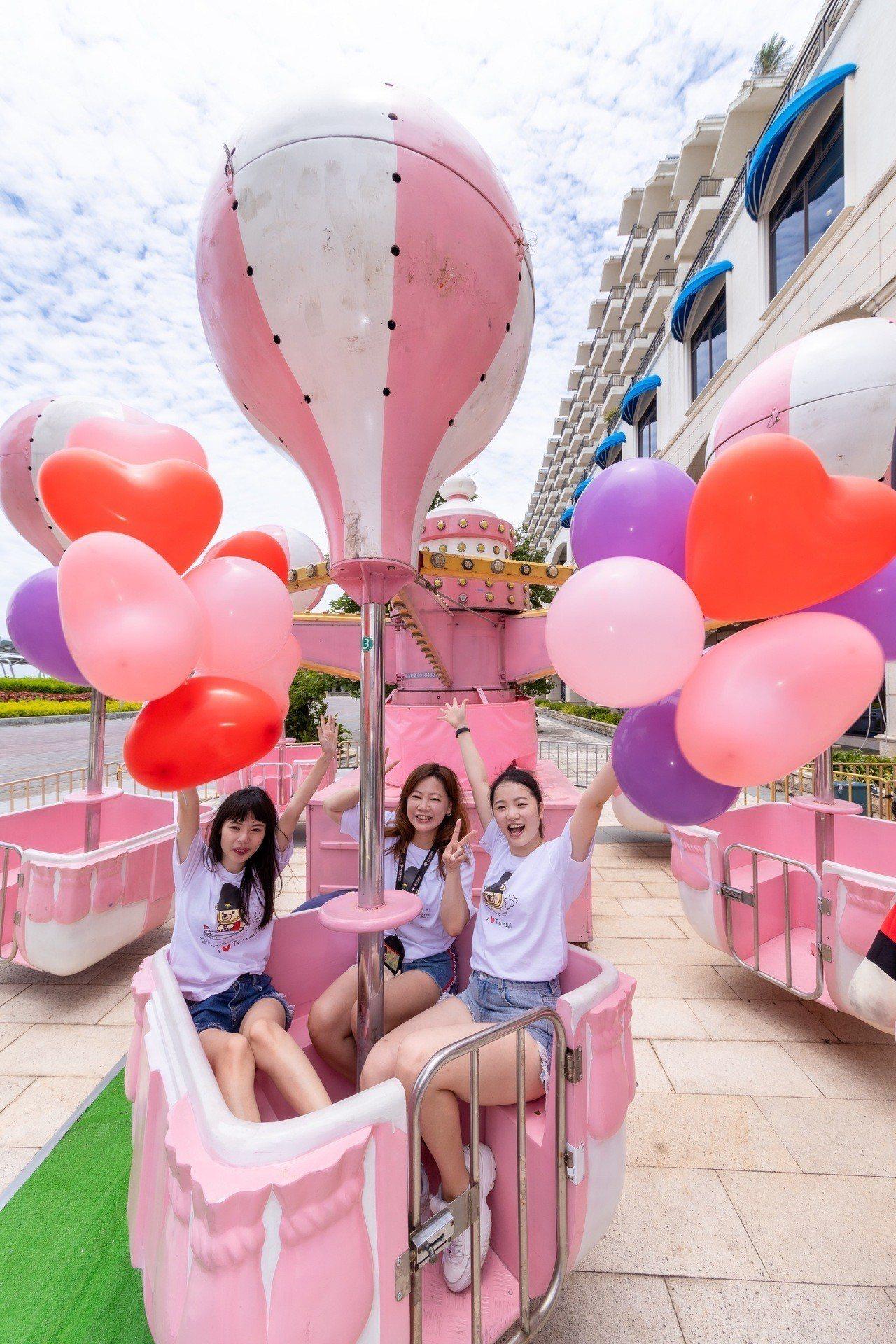 福容淡水漁人碼頭店推出粉紅樂園。圖/福容飯店提供