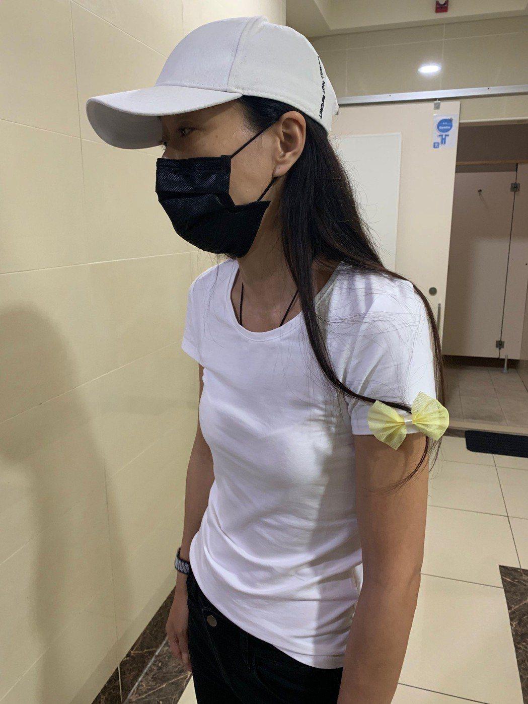 馬如龍四女兒黃詠淇不到一個月失去2至親深受打擊,身影消瘦。記者陳慧貞/攝影