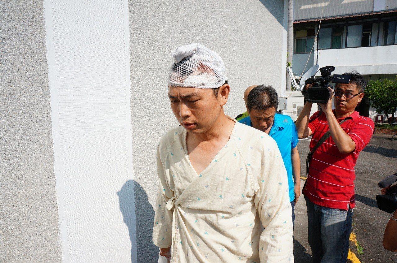 肇事駕駛吳恊松當時也甩離駕駛座受傷。圖/本報資料照