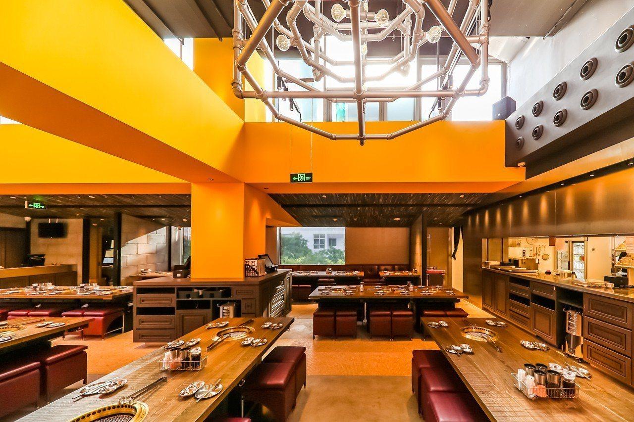 乾杯燒肉居酒屋「北京太古里店」5月歡慶開幕。圖/乾杯提供