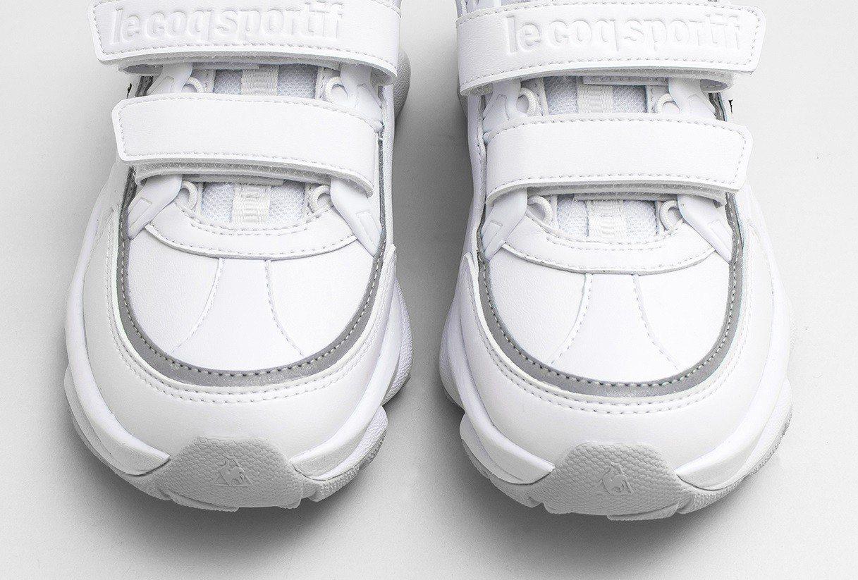 鞋面反光條設計為夜跑增添安全性。圖/滿心提供
