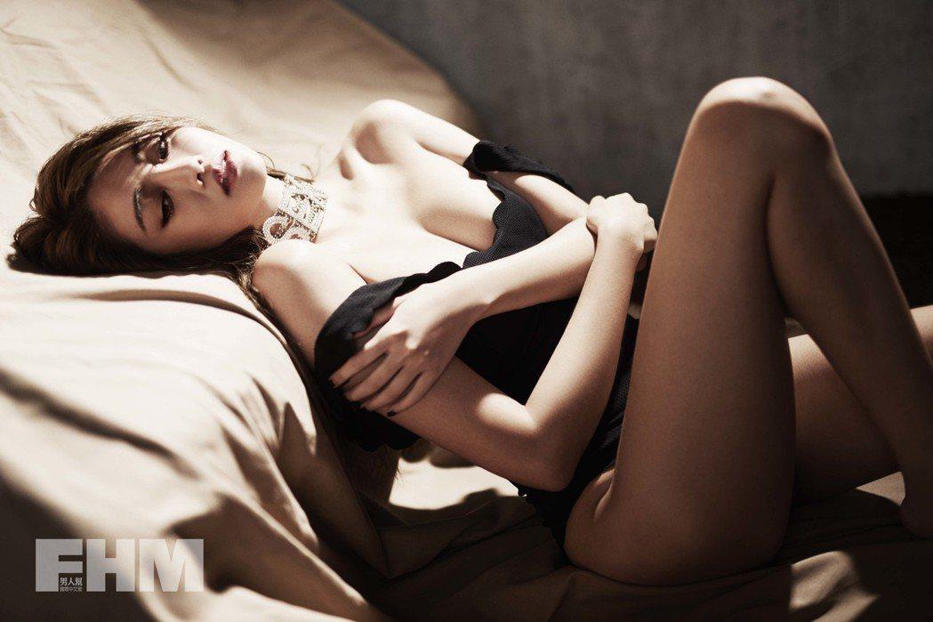 賴琳恩好身材不藏私。圖/FHM男人幫國際中文版提供