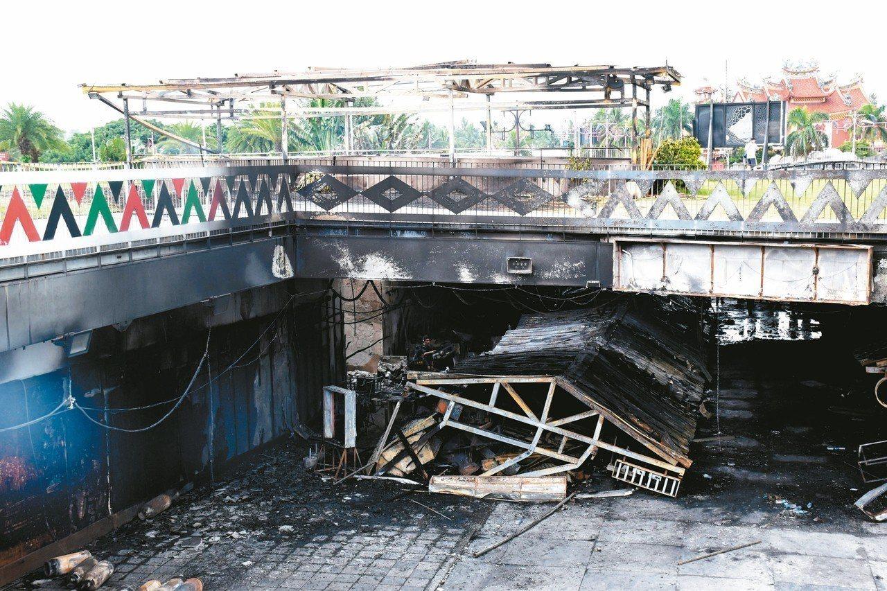 花蓮東大門夜市受災攤商,可低利貸款度過難關。 圖/聯合報系資料照片