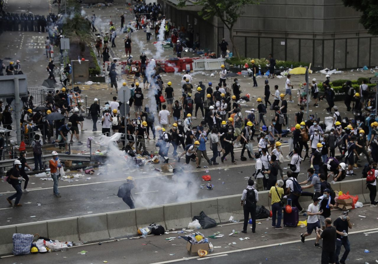 香港反送中示威演變成衝突。美聯社