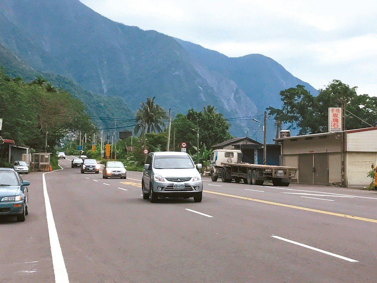 花東目前只有公路,是否興建花東快速道路各界意見不一。 聯合報系資料照片