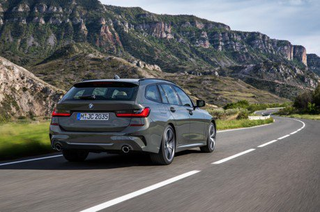 BMW 3-Series Touring的尾門 竟擁有特殊功能?