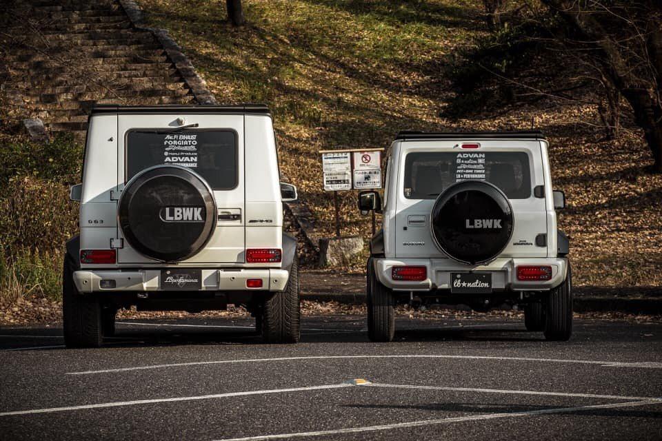 Liberty Walk為Jimny開發的G-Class外觀套件。 摘自cars...
