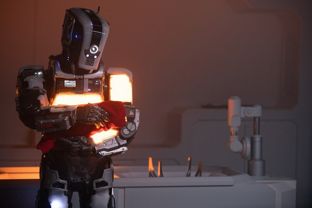 《AI終結戰》集結《阿凡達》、《駭客任務》特效團隊,《駭客任務》美術大師共同打造...