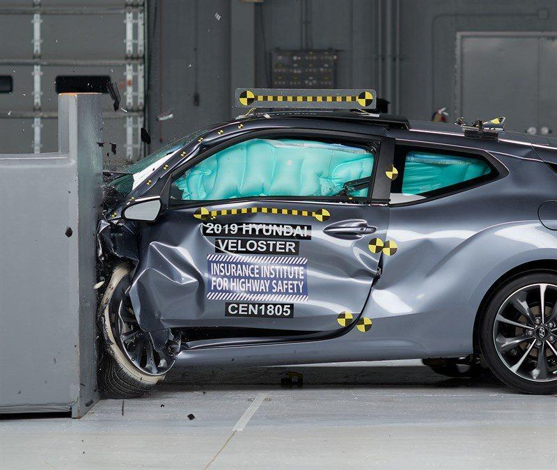第二代Hyundai Veloster在IIHS撞擊測試中獲得了Top Safe...