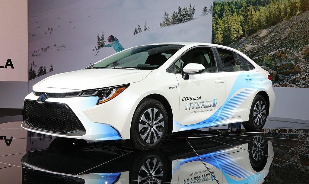 日規Toyota Corolla房車及Corolla Touring旅行車預料搭...