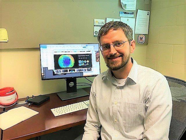貝勒大學行星地球物理學教授彼得詹姆士(Peter B. James)。圖擷自/b...