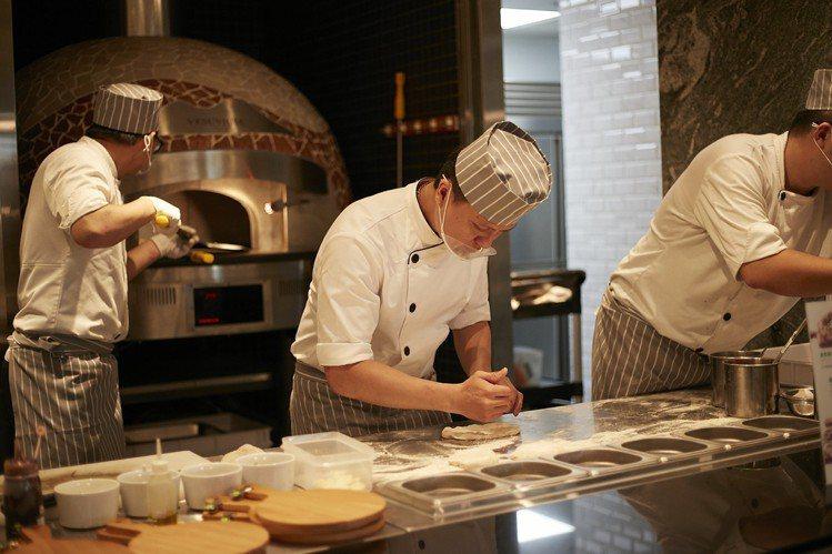 蔬食Buffet餐廳果然匯板橋店即將在6月22日試營運。圖/果然匯提供