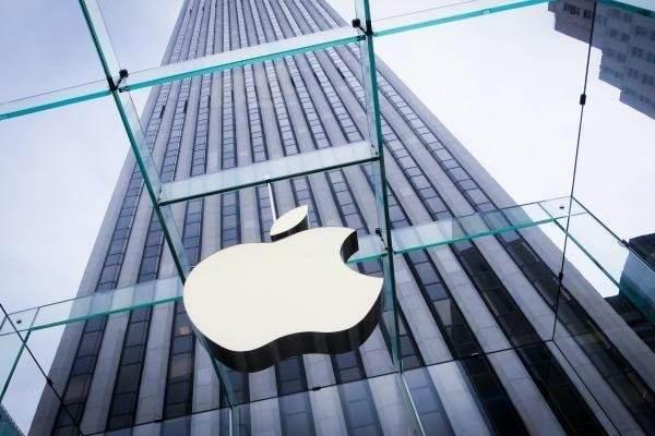 大陸電商年終慶「618」優惠促銷,其中蘋果iPhone最高調降人民幣800元(約...
