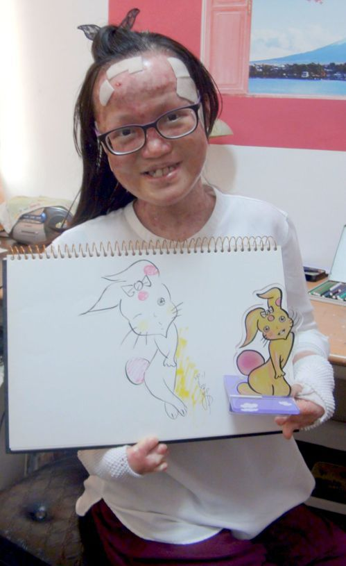 劉佩菁離開廣播圈投入繪畫創作,推出的全新角色是有溫度的38兔。記者王昭月/攝影