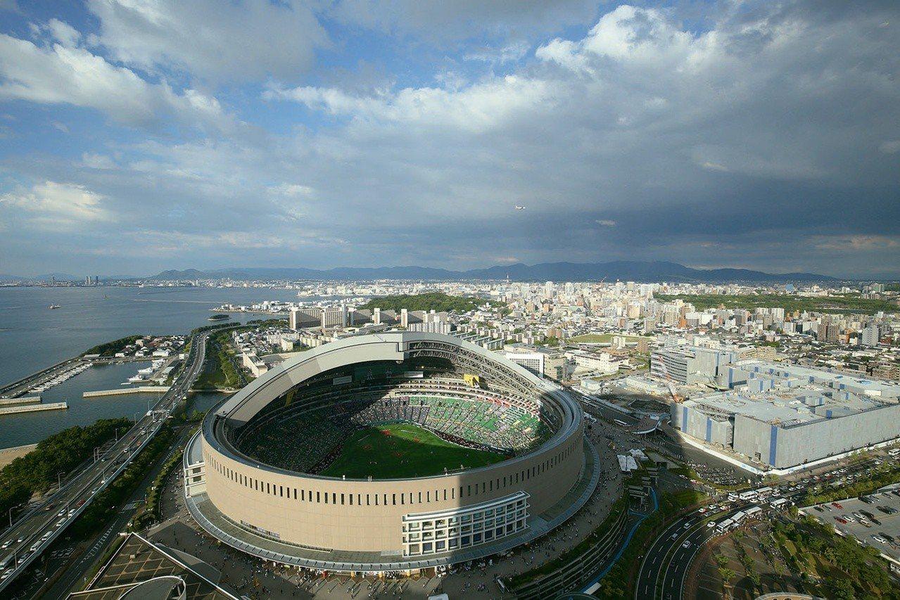 「福岡Yafuoku!巨蛋」是日本唯一一座開閉式的巨蛋球場。圖╱福岡Yafuok...
