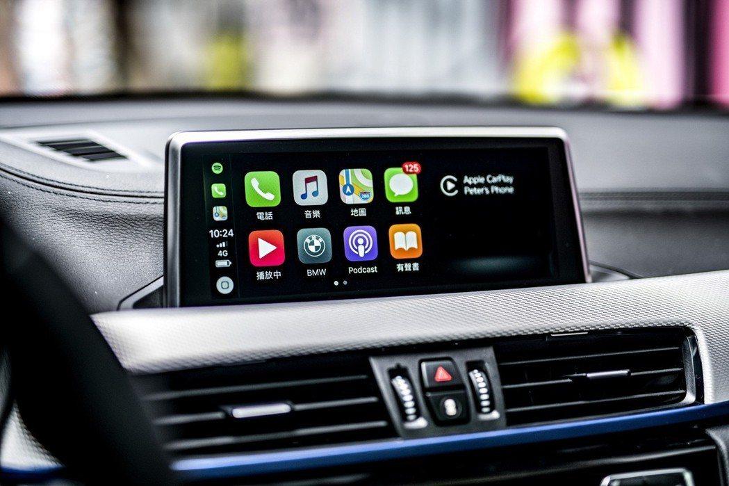 全新BMW X2領航版全車系升級業界首創的無線Apple CarPlay整合系統...