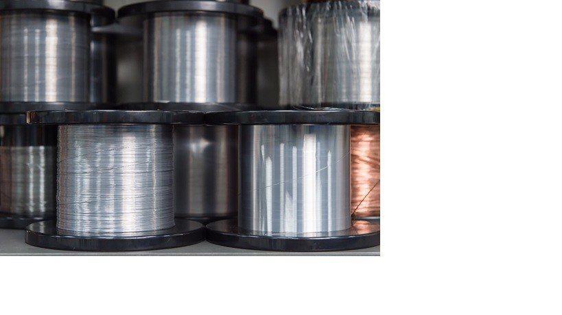 超細線抽製設備製成之40um精細線材可用於醫材器械編織上。 金屬中心/提供