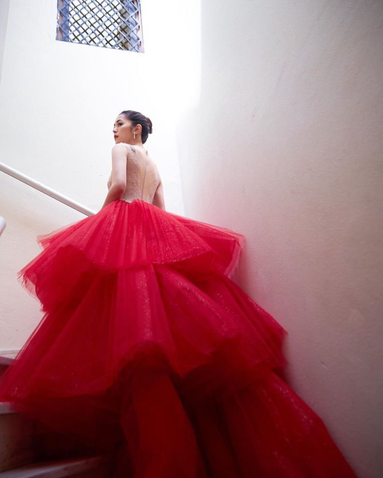 任容萱首次出席坎城影展活動,紅毯造型搭配了寶格麗高級珠寶,博得網友一致的好評。圖...
