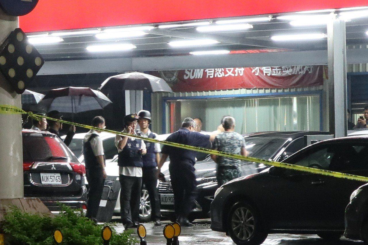 桃園區三民路上一家中古車行,昨日晚間6點多發生槍擊案件,22歲林嫌及30多歲林嫌...