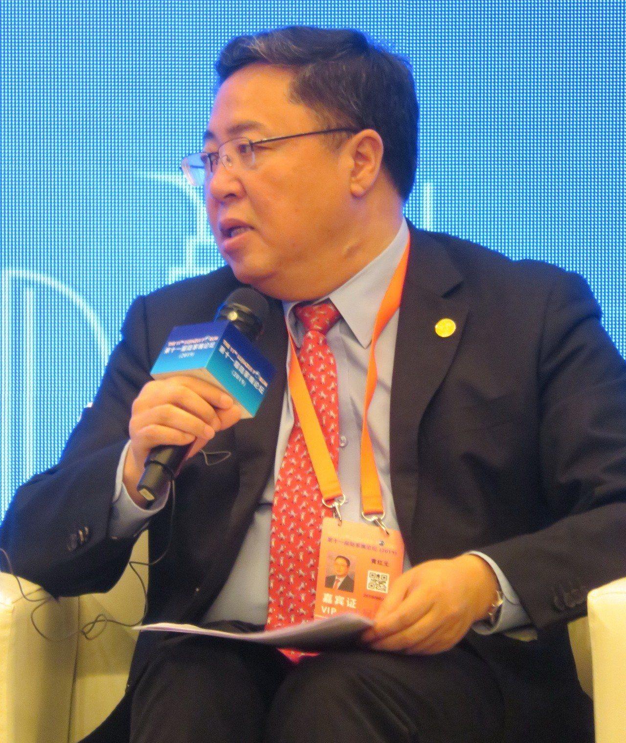 上交所理事長黃紅表示,預計在未來2個月內,就能看到首批企業在科創板上市交易。特派...