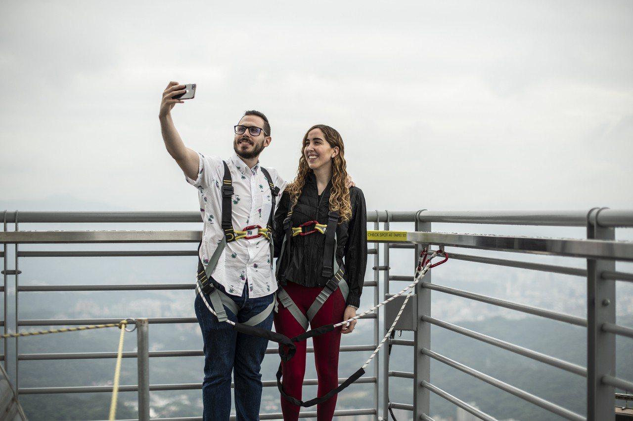 台北101標高460公尺的101樓塔尖戶外平台首度對外開放。圖/台北101提供