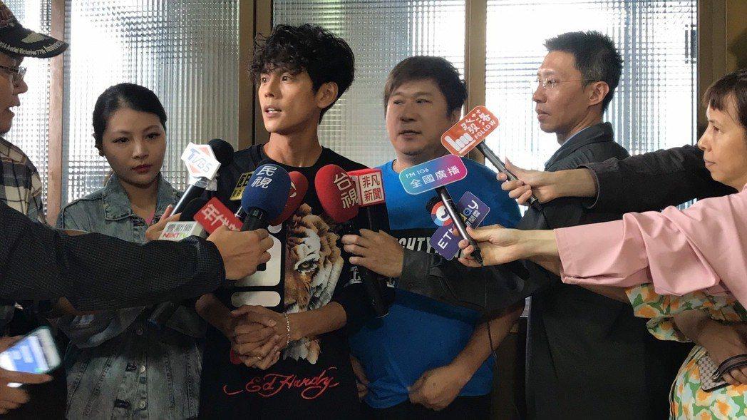 阿翔昨出面開記者會道歉。記者葉君遠/攝影