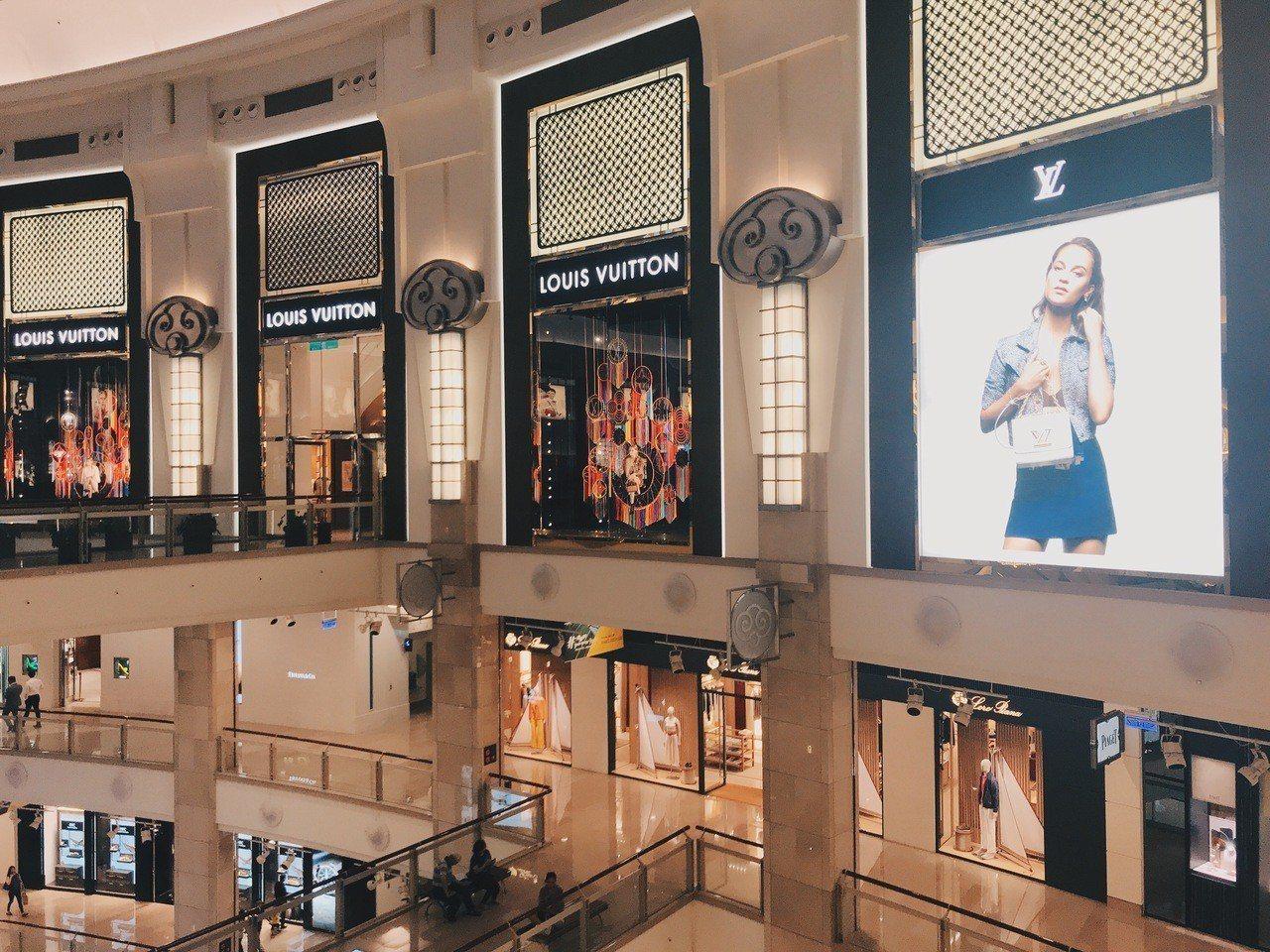 台北101商場今年1至5月業績有11%成長。記者江佩君/攝影