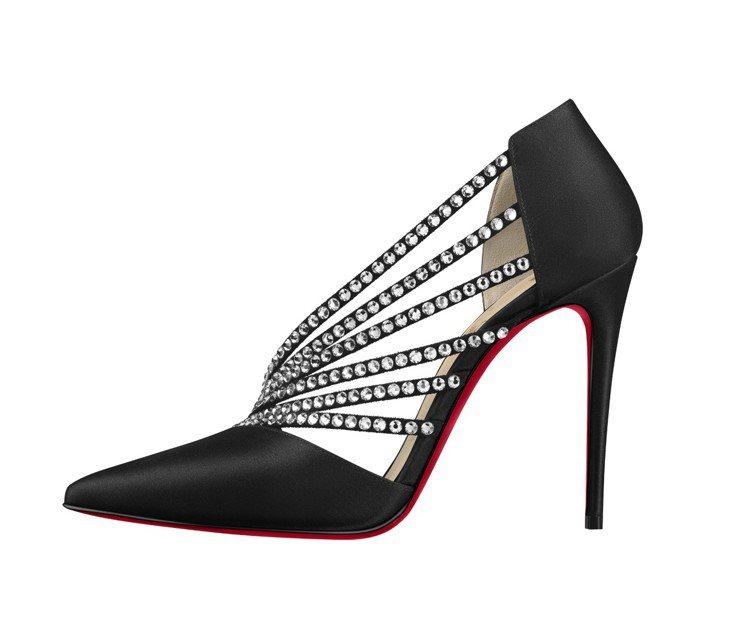 以巴黎夜總會為靈感的緞面跟鞋,售價50,200元。圖/Christian Lou...