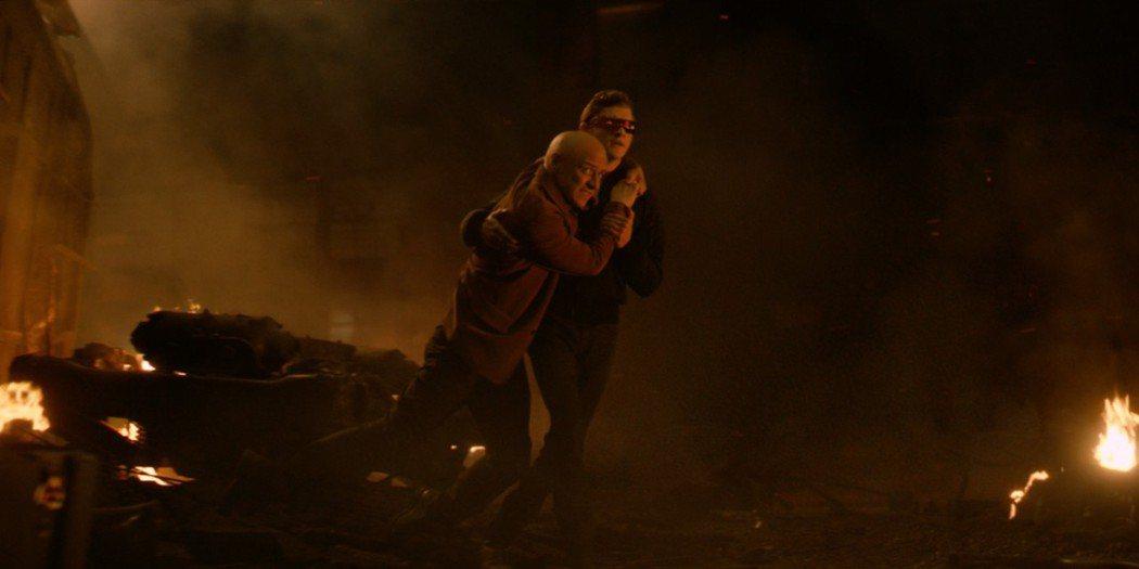 原本「X戰警:黑鳳凰」結局中,X教授和獨眼龍是極少數會參與到最後大戰的代表。圖/...
