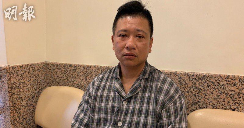 疑中催淚彈受傷的香港電台司機莊文龍。取自明報