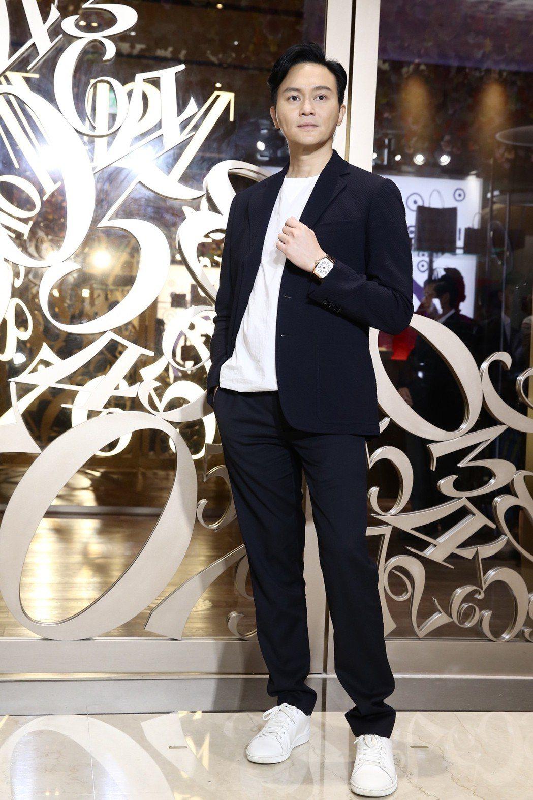 張智霖出席手錶專賣店開幕活動為品牌代言站台。記者徐兆玄/攝影