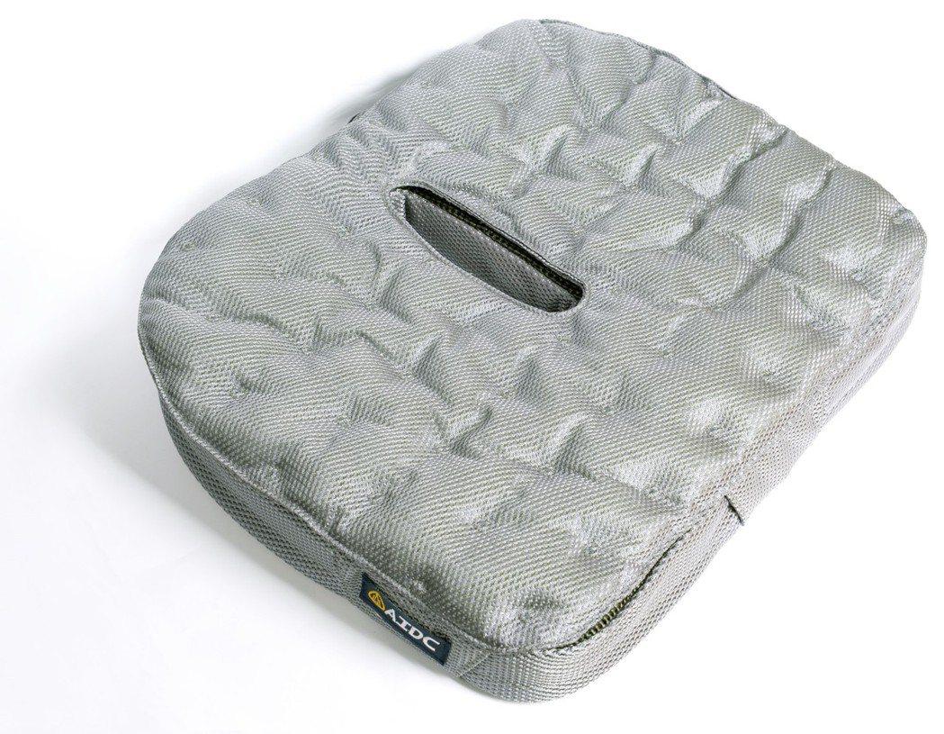 漢翔抗壓座墊是市場少數擁有衞署醫器字號的產品。 原鄉事業/提供
