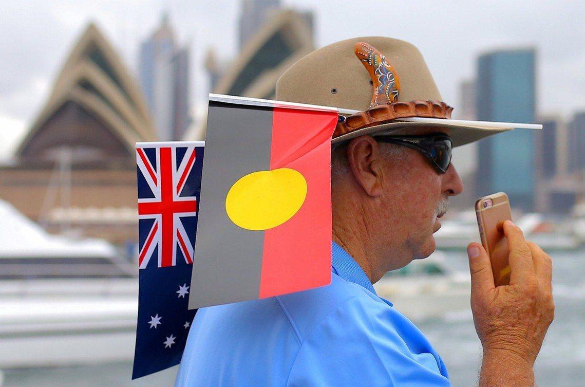 「原住民旗不只是一件藝術創作,也是國家象徵,對於澳洲原住民來說,尤其重要。」澳洲...